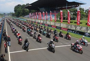 Indonesia CBR Race Day 2019 Seri 1 - Bikers Parade