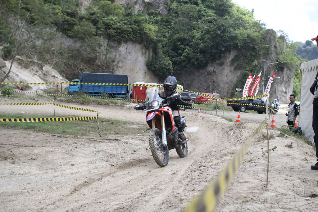 Test Ride Honda CRF250 RALLY