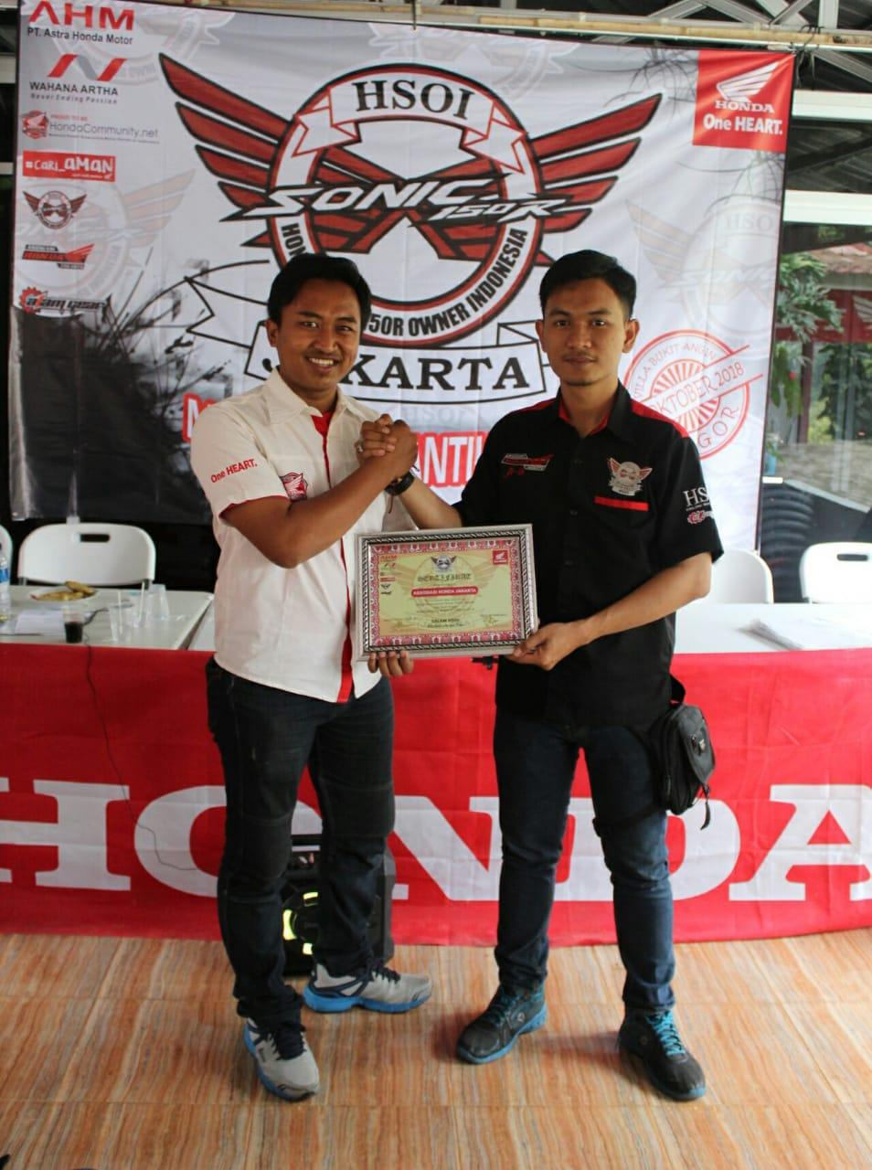 Honda Community Hadirnya Presidium Ahj Memberikan Semangat Mubes Sonic 150r Racing Red Jakarta 09 Oktober 2018 Owner Indonesia Hsoi Pada Sabtu Dan Minggu 06 07 10 Melaksanakan Musyawarah Besar Sekaligus