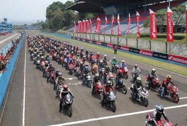 Indonesia CBR Race Day 2018 Seri 2 - Bikers Parade