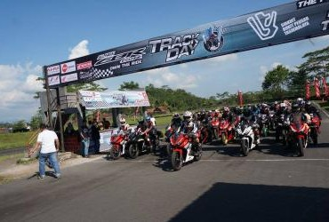 All New Honda CBR 150R Track Day di Sirkuit Bukit Peusar