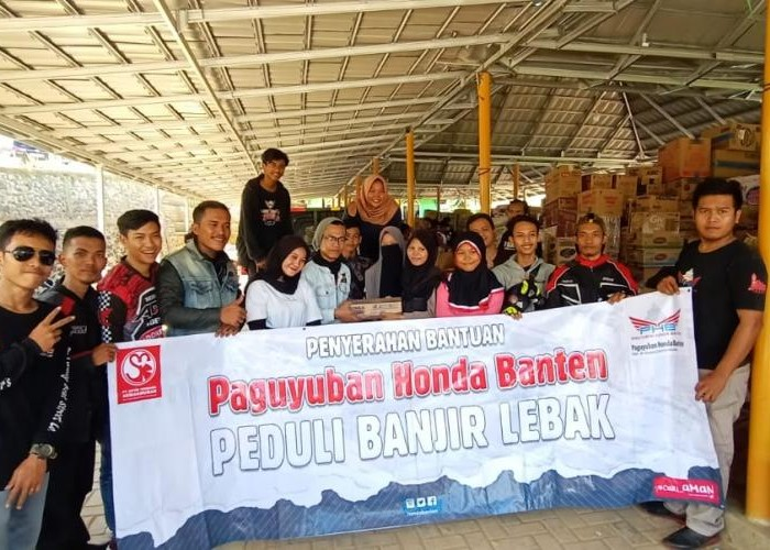 Paguyuban  Honda Banten Berikan Bantuan ke2 Kepada para korban bencana di Kab Lebak