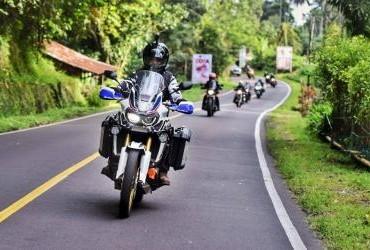 Komunitas Honda Big Bike Rider (HOKIE) melakukan perjalanan Touring Celebes Adventure