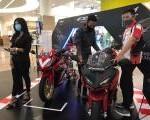 MPM Honda Jatim Hadirkan The New CBR250RR SP with Quick Shifter Di Exhibition Royal Plaza Surabaya