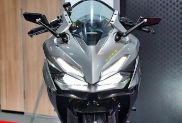 Honda CBR150R Custom Bike Sporty Low Rider